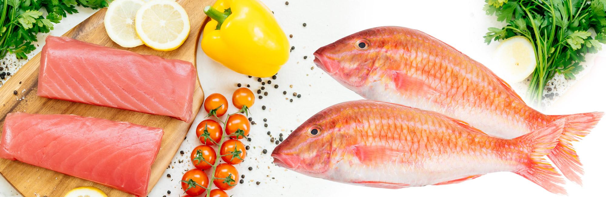 Plateau de saumon, rouget et tomate
